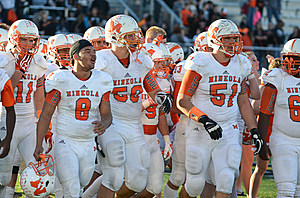 Mineola offensive linemen Riley Anderson (51) and Austin Anderson (50) are Texas A&M commitments. (Rob Graham, ETSN.fm)